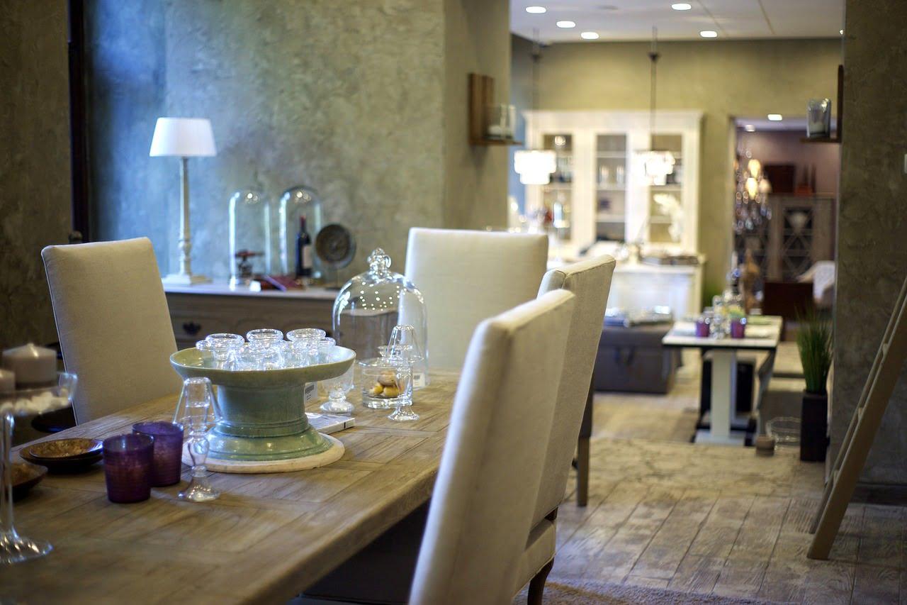 fotografía-interior-casa-habitación-salón-salita-mesa